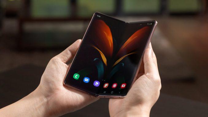 Samsung lança celulares dobráveis e smartwatch mais eficientes. Saiba mais!